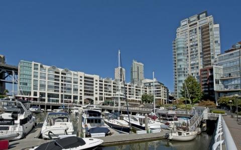 1000_Beach_Condos_Vancouver_4